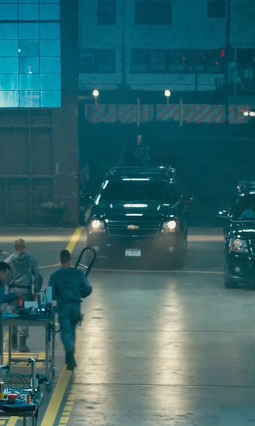 Tyrese Gibson with Mitsubishi Motors Outlander GT SUV in Furious 7