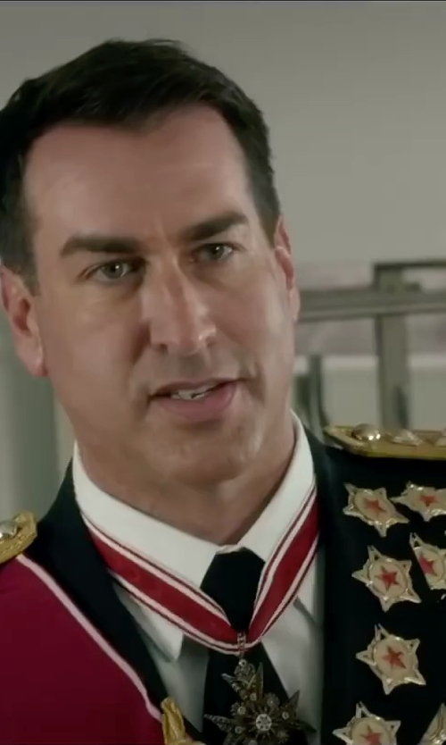 Rob Riggle with Marlow White Army Service Uniform in Absolutely Anything