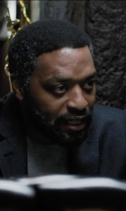 Chiwetel Ejiofor with Paolo Pecora Turtleneck Sweater in Secret in Their Eyes