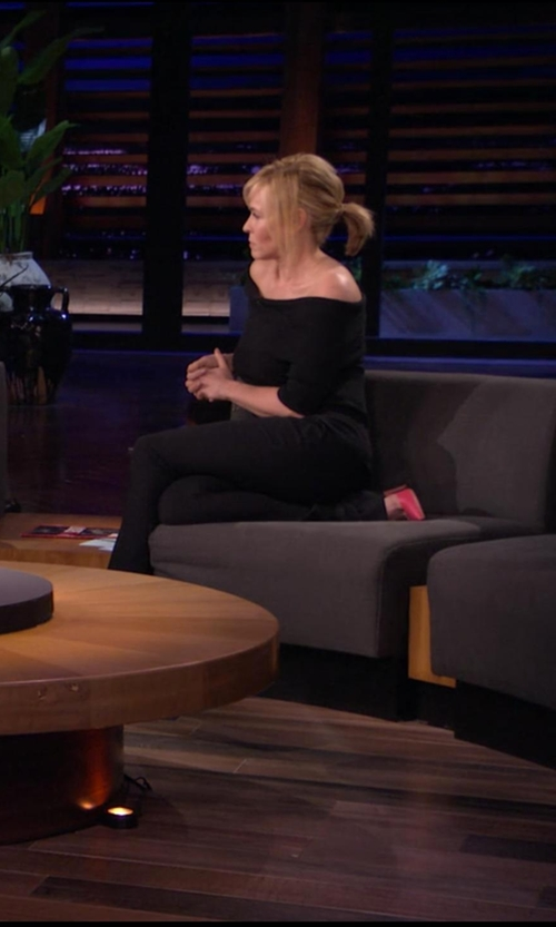 Chelsea Handler with Stuart Weitzman Queen Leather Pumps in Chelsea