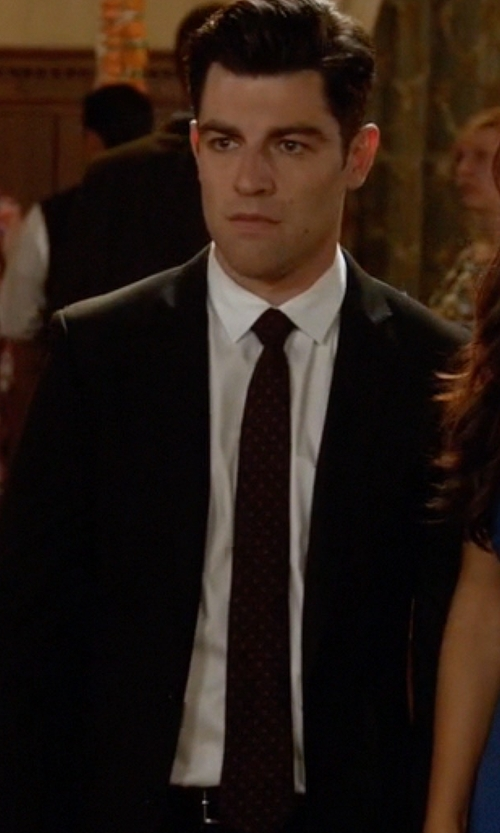 Max Greenfield with John Varvatos Star USA Playing Card Suits Skinny Tie in New Girl