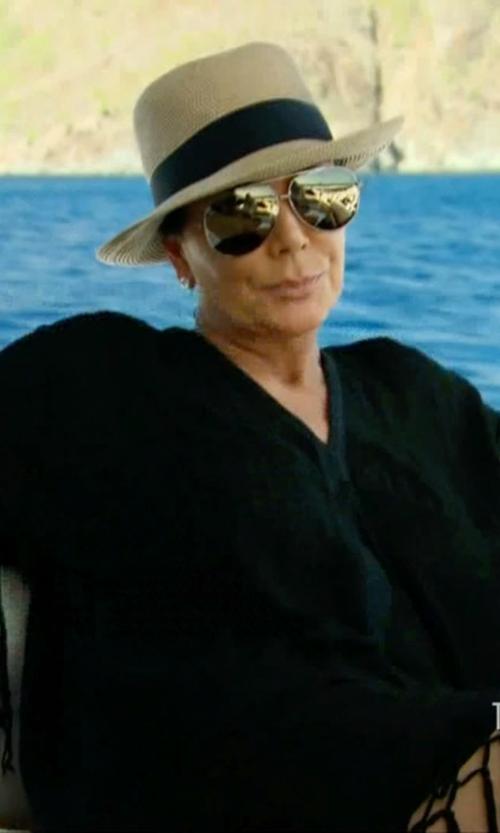 Kris Jenner with Barton Perreira Universal Fit Lovitt Mirror Aviator Sunglasses in Keeping Up With The Kardashians