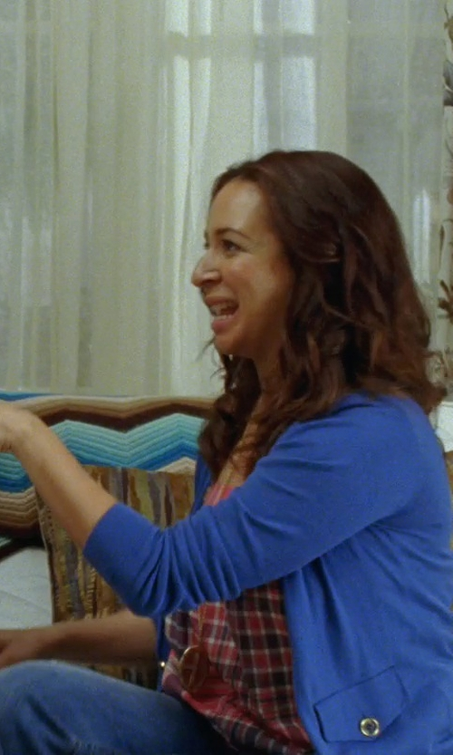 Maya Rudolph with Evelyn Knight Fleur De Lys Necklace in Bridesmaids
