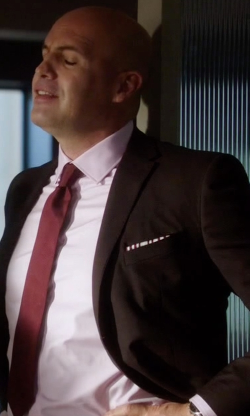 Billy Zane with Canali Wool Two-Button Suit in Guilt
