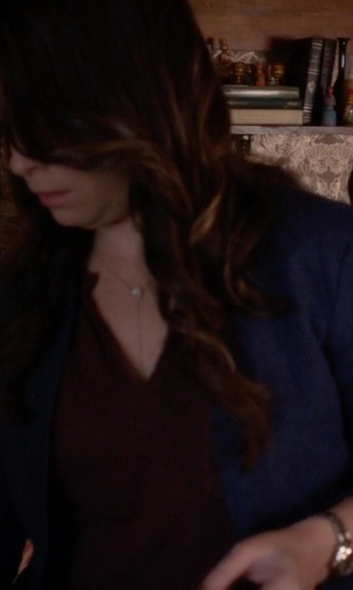 Holly Marie Combs with Brooks Brothers Stellita Fit Two-Button Linen Blend Jacket in Pretty Little Liars