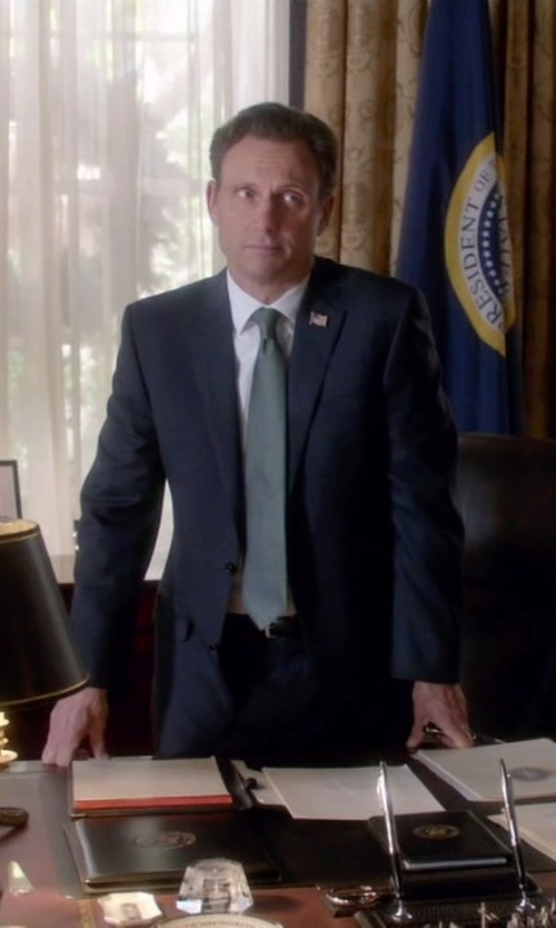 Tony Goldwyn with Brooks Brothers Fitzgerald Fit Tic with Stripe 1818 Suit in Scandal