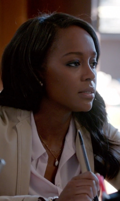 Aja Naomi King with Burberry Zip Detail Stretch Cotton Jacket in How To Get Away With Murder