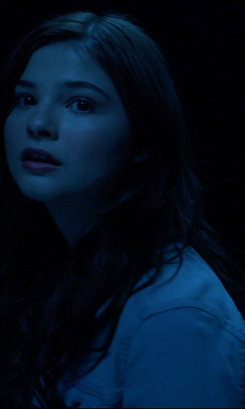 Stefanie Scott with 7 For All Mankind Denim Trucker Jacket in Insidious: Chapter 3