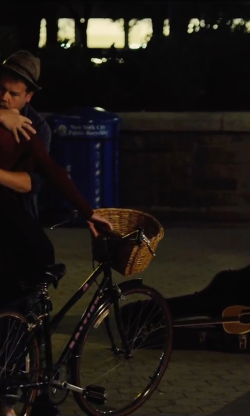 James Corden with Yamaha Vinyl Hardshell Case in Begin Again