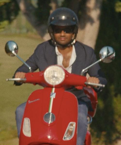 Aziz Ansari with Vespa LX 125 Scooter in Master of None