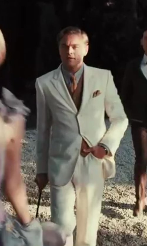 Leonardo DiCaprio with Catherine Martin (Costume Designer) and Brooks Brothers (Tailor) The Great Gatsby Collection Ivory Linen Pants in The Great Gatsby