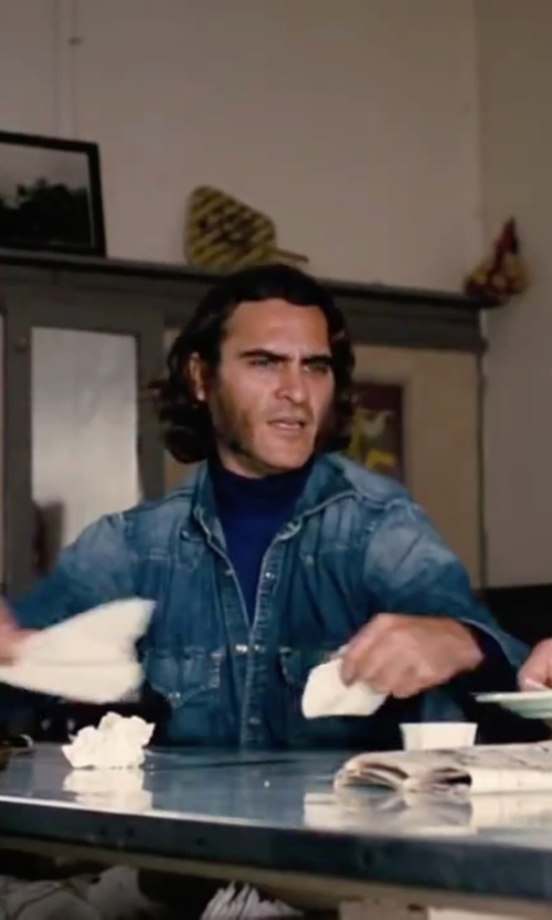 Joaquin Phoenix with Italian Job Turtleneck Sweater in Inherent Vice