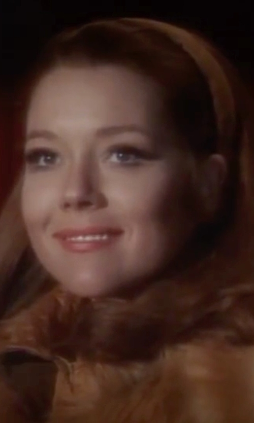 Diana Rigg with Funny Girl Designs Satin Headband in On Her Majesty's Secret Service