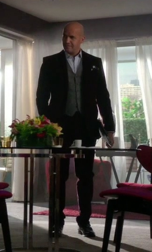 Billy Zane with Ermenegildo Zegna Single Breasted Suit in Guilt