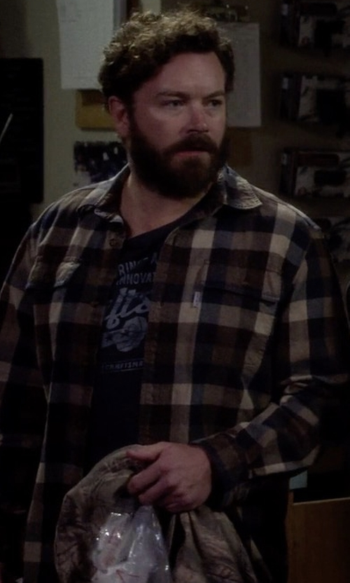 Danny Masterson with Ermenegildo Zegna Large-Plaid Sport Shirt in The Ranch