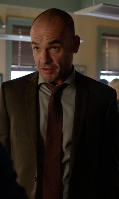 Paul Blackthorne with J.Crew English Wool-Silk Solid Tie in Arrow