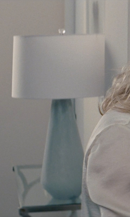 Cameron Diaz with Linens N Things Turquoise Vase Lamp in The Other Woman