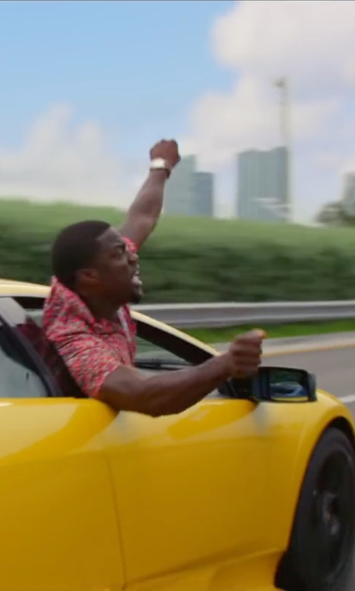 Kevin Hart with Pendleton Printed Button Down Fitted Camp Shirt in Ride Along 2