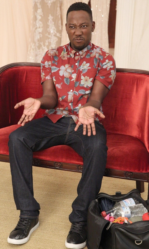 Lamorne Morris with Tommy Bahama Garden of Hope and Courage Silk Shirt in New Girl