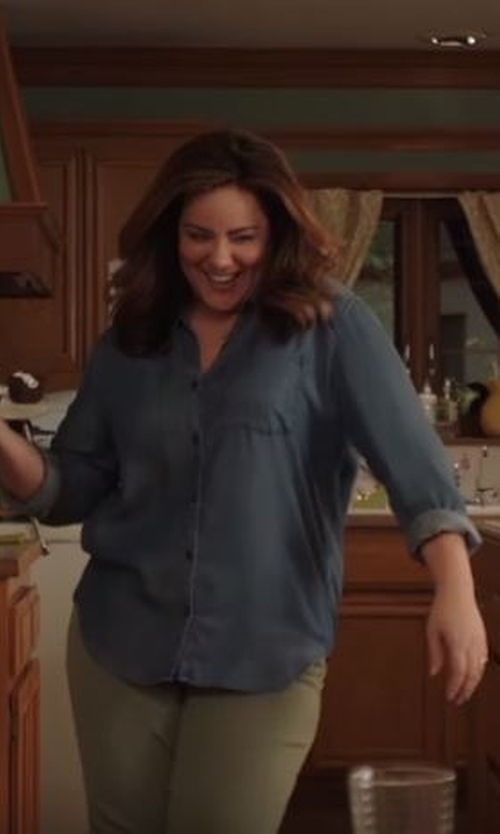 Katy Mixon with Lacoste  Women's Long Sleeve Cotton Chambray Shirt in American Housewife