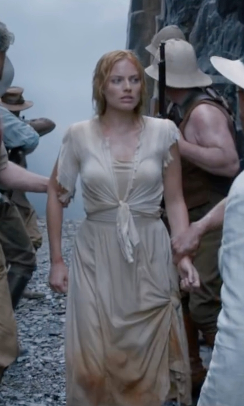 Margot Robbie with Nic+Zoe Long Engagement Skirt in The Legend of Tarzan