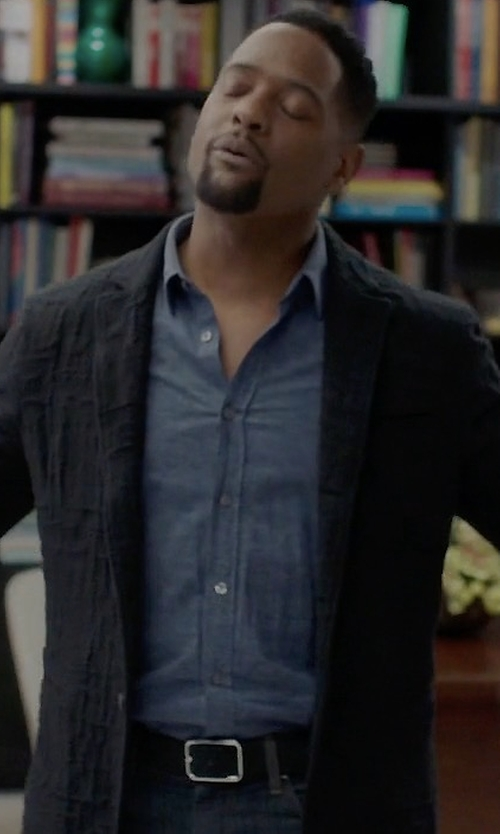 Blair Underwood with A.Testoni Pebbled Leather Reversible Belt in Quantico