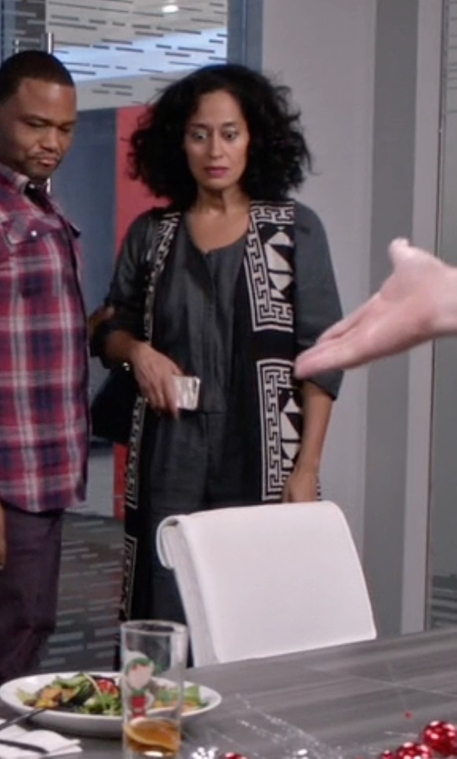Tracee Ellis Ross with Alice + Olivia Angelica Geometric-Print Long Vest in Black-ish