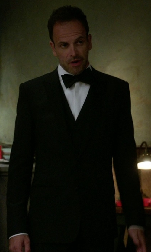 Jonny Lee Miller with Dolce & Gabbana Classic Three-Piece Suit in Elementary