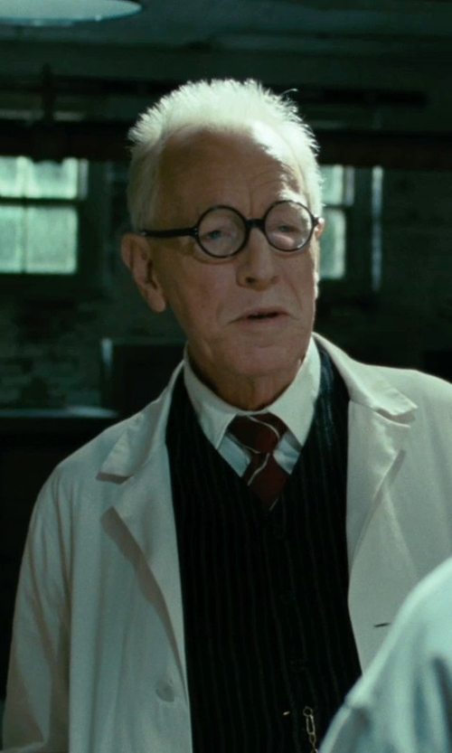 Max von Sydow with Super Black Polished Numéro 1 Optical Glasses in Shutter Island