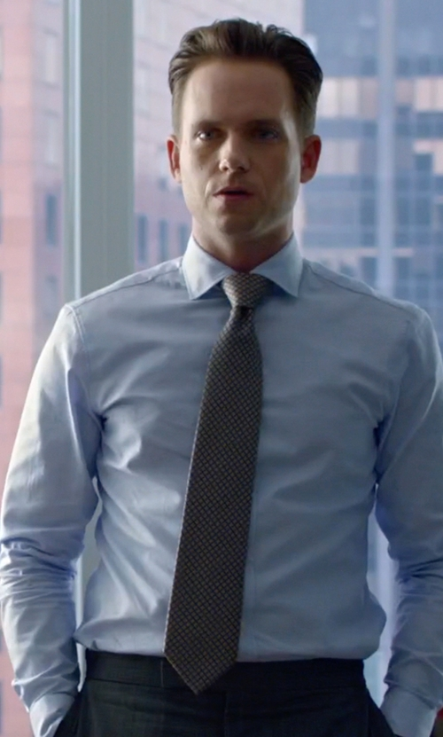 Patrick J. Adams with Boss Check Silk Tie in Suits
