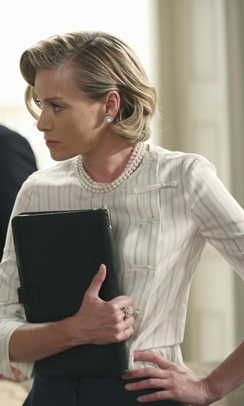 Portia de Rossi with Belle de Mer Cultured Freshwater Pearl Three-Strand Necklace in Sterling Silver in Scandal