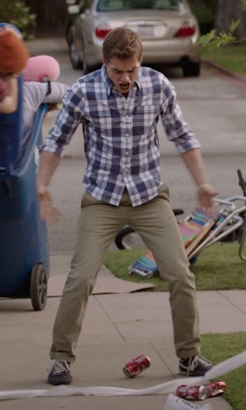 Dave Franco with Gold Case By Rocco Fraioli Casual pants in Neighbors