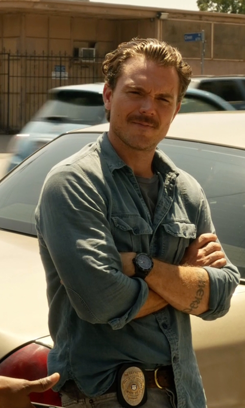 Clayne Crawford with John Varvatos Star USA Long-Sleeve Denim Shirt in Lethal Weapon