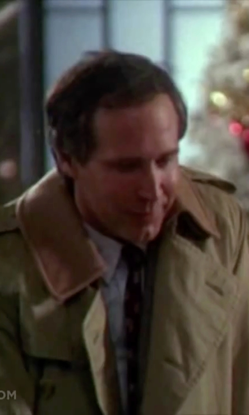 Chevy Chase with Stacy Adams Double-Breasted Full-Length Trench Coat in Christmas Vacation