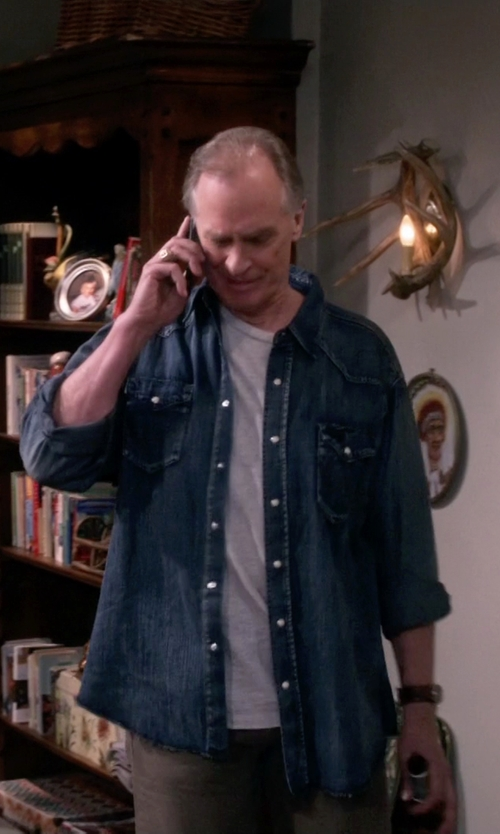 Keith Carradine with Ely Cattleman Denim Washed Snap Shirt in The Big Bang Theory
