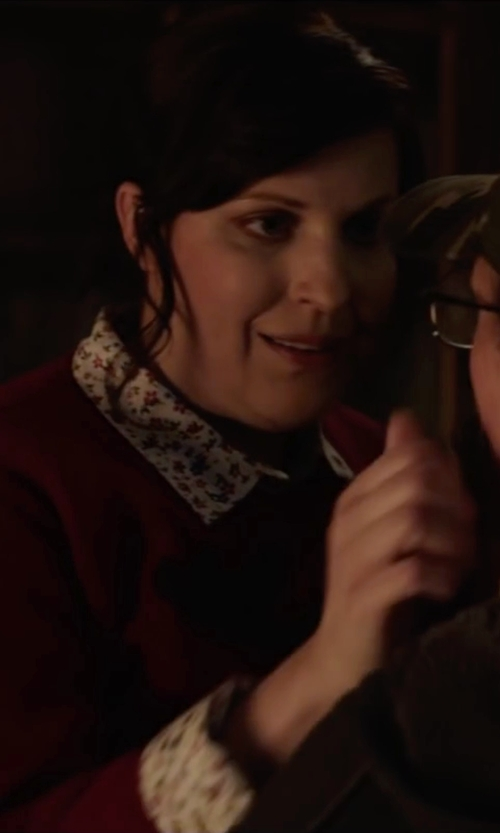 Allison Tolman with Madewell Shrunken Trapeze Shirt in Krampus