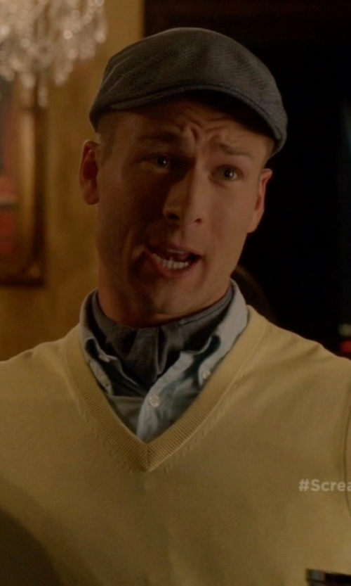 Glen Powell with Bailey of Hollywood Dormer Newsboy Hat in Scream Queens