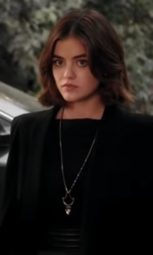 Lucy Hale with Lionette By Noa Sade  Koti Necklace  in Pretty Little Liars