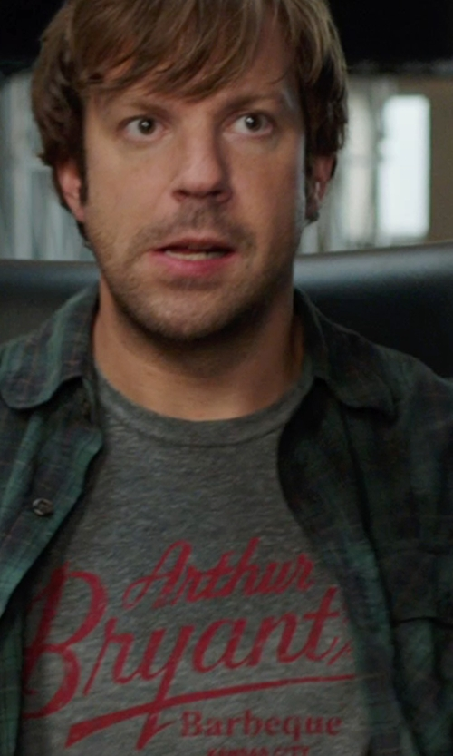 Jason Sudeikis with Columbia Sportswear Noble Falls Omni Heat Shirt Jacket in We're the Millers
