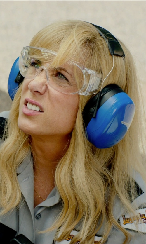 Kristen Wiig with 3M Peltor Ultimate 10 Hearing Protector in Masterminds