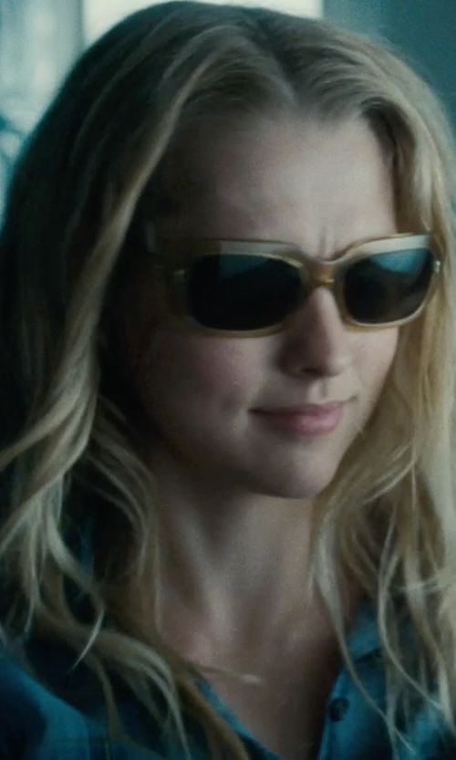 Teresa Palmer with Marc Jacobs Flat Top Sunglasses in Warm Bodies