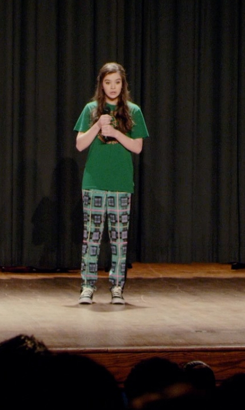 Hailee Steinfeld with Boden Amalfi Trousers in Barely Lethal