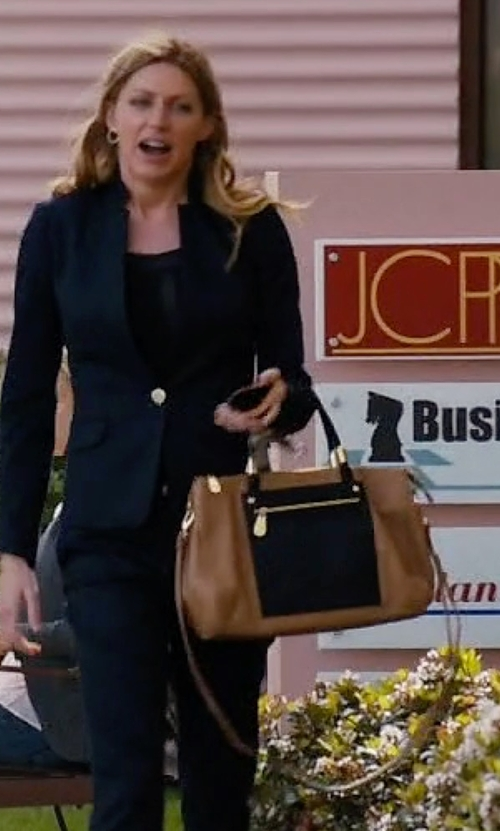 Jes Macallan with Tory Burch Britten Leather Satchel Bag in Mistresses