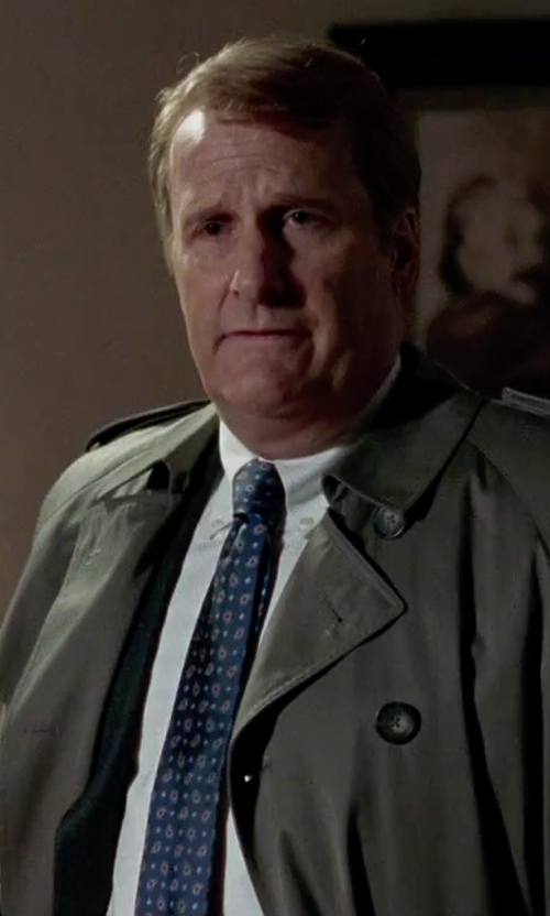 Jeff Daniels with Brioni French-Cuff Dress Shirt in Steve Jobs