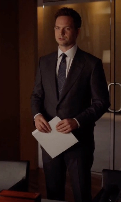 Patrick J. Adams with Tom Ford O'Connor Base Broken Twill Two-Piece Suit in Suits
