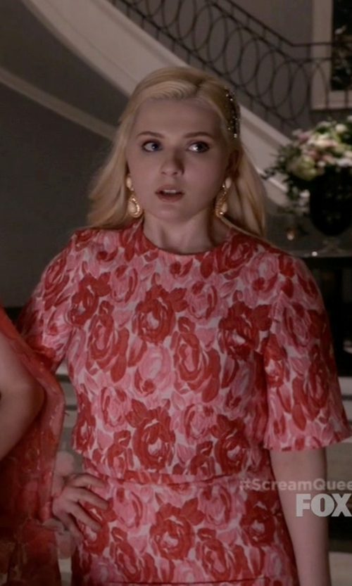 Abigail Breslin with Chirstian Siriano Resort 2015 Top and Skirt in Scream Queens