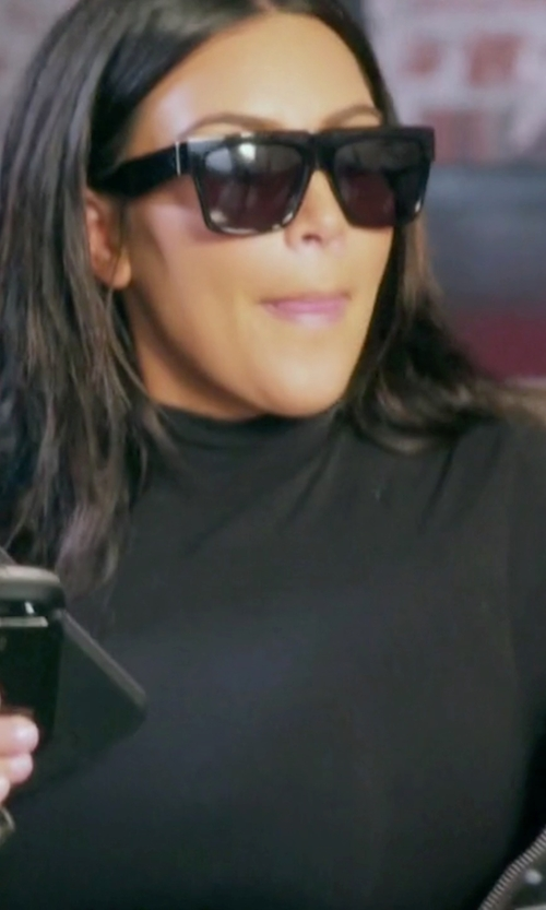 Kim Kardashian West with Céline CL 41756/S ZZ Sunglasses in Keeping Up With The Kardashians