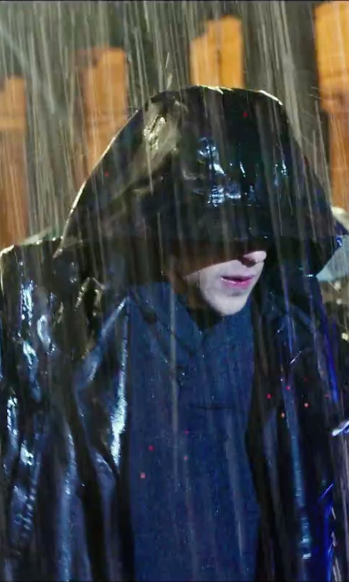 Jesse Eisenberg with American Rag Rain Slicker Jacket in Now You See Me 2