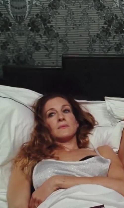 Sarah Jessica Parker with Calvin Klein Underwear Icon Modern Stretch Satin Contour Bra in Sex and the City 2
