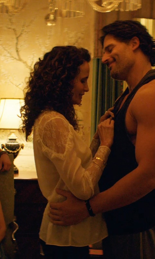 Andie MacDowell with Michael Kors Gold-Tone Knot Bracelet in Magic Mike XXL
